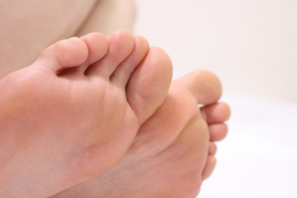 ハンマートゥ対策には指の体操を イメージ